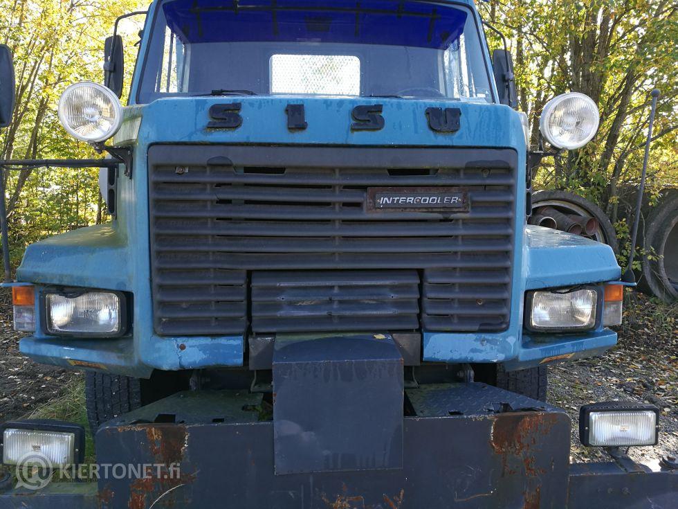 Myydään rekisteristä poistettu SISU kuorma-auto