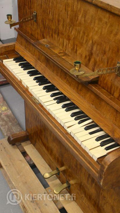VANHA PIANO