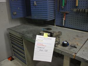 Työpöytä, laatikosto GWS (KN132)