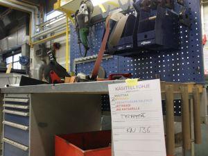 Työpöytä ja laatikosto GWS (KN136)