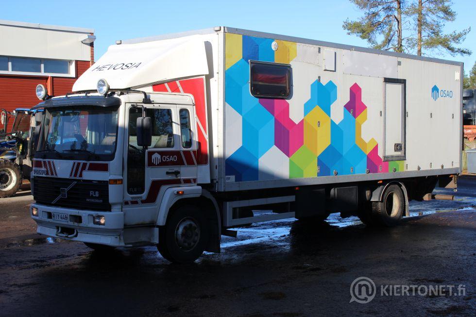 Volvo FL6, hevostenkuljetuskuorma-auto