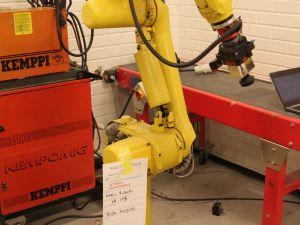 FANUC  Robot ARC MATE robotti (KN195)