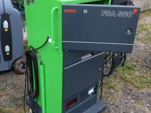 Pakokaasun, moottorin testaus- ja mittauslaitteet Bosch FSA 560 ja Bosch RTT 110 BJ1995