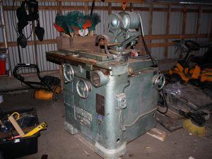 Puuntyöstöterien teroituskone