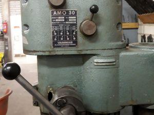Pylväsporakone AMO 30