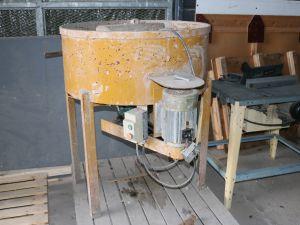 Tasoite-/betonimylly