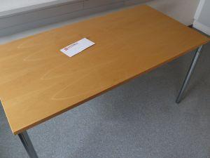 Pöytä (nro 68)