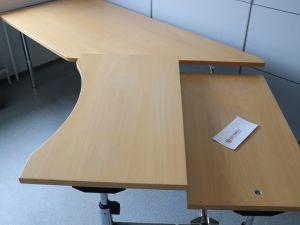 Martelan toimistopöytä (nro 75)