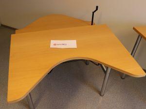 Martela toimistopöytä (nro 79)