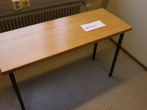 Martela toimistopöytä (nro 80)