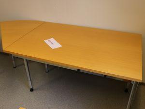 Martela toimistopöytä (nro 81)