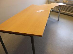 Martela toimistopöytä (nro 82)