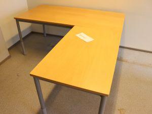 Martela toimistopöytä (nro 83)