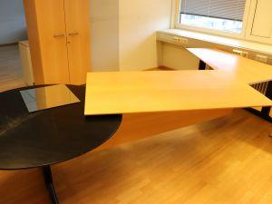 Martela toimistopöytä (nro 85)