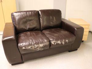 Kahden istuttava sohva (nro 90)