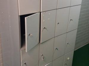 Metallinen lokerokaappi 4x4