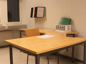 Toimistopöytä+laatikosto+tuoli - nro 80.1