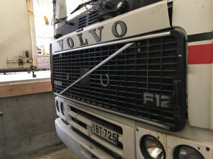 Volvo F12 6*2