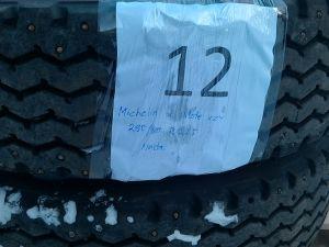 Kuorma-auton nastarenkaat Michelin X Pilote XZY, 295/80 R 22,5 2 kpl.