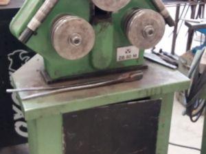 Muotorautamankeli ja työkalut Pos 7