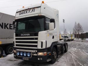Scania R 124 LA 420 6x2/4NB puoliperävaunun vetoauto