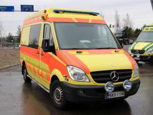Mercedes-Benz Sprinter 319CDI ambulanssi (SKO-114)