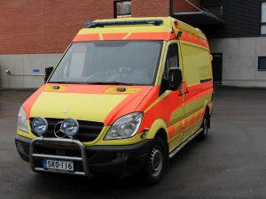 Mercedes-Benz Sprinter 319CDI ambulanssi (SKO-116)