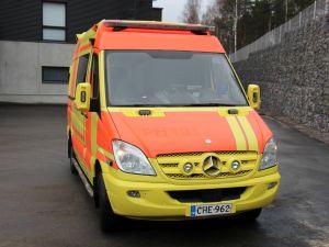 Mercedes-Benz Sprinter 319CDI ambulanssi (CHE-962)