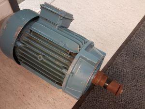 Sähkömoottori 15kW (nro 22)