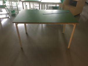 125 x 70  työpöytä 10 kpl