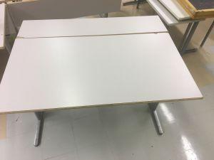 130 x 70 + 30 cm työpöytä 8kpl