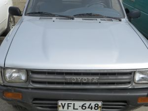 Toyota Hilux lava-auto