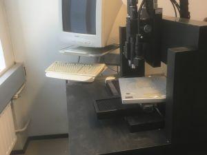 Kolmiakselinen optinen testauslaite