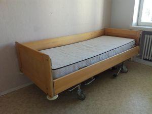 Sairaalasänky (nro2)
