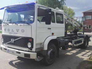 Volvo F7 4X2
