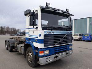 Volvo F12 kuorma-auto