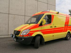 Mercedes-Benz Sprinter 319CDI ambulanssi MNY-261