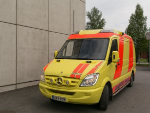 Mercedes-Benz Sprinter 318CDI ambulanssi XAY-259