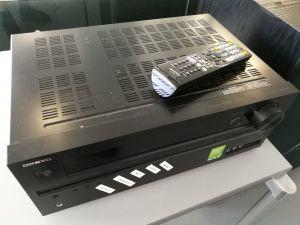 Onkyo TX-NR626 AV-vahvistin + BBX 585 BR kaiuttimet