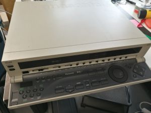 Panasonic AG-4700EY S-VHS -nauhuri