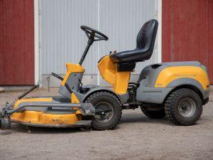 Stiga Park Pro 16 4WD ajoleikkuri