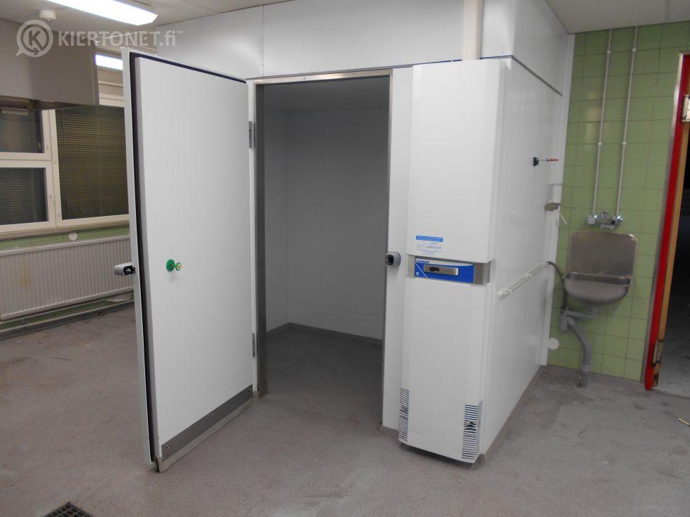 Kylmiöhuone, Huurre C940, sisämitat 225 cm  * 134 cm * 200 cm