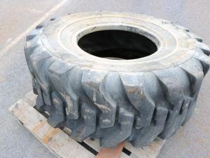 Pyöräkuormaajan rengas