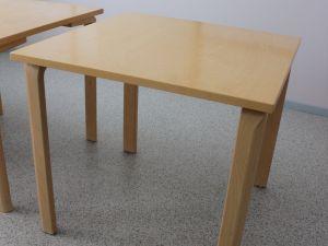 Pöytiä 6 kpl
