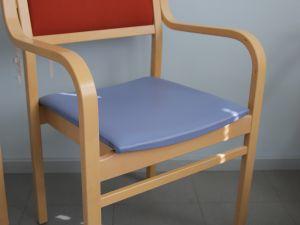 Tuoleja 7 kpl