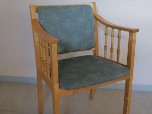 Tuoleja 2 kpl