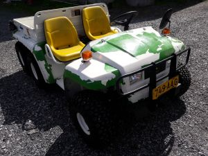 John Deere Gator diesel-6x4 traktori nro: 2.