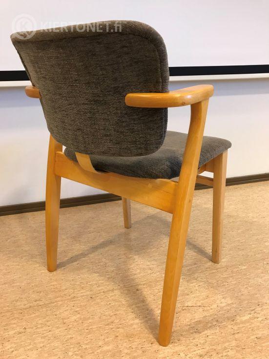 Artek Domus- tuoleja 4 kpl, erä 3
