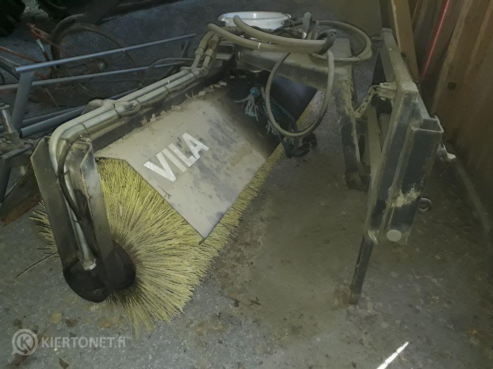 Traktori 585XL