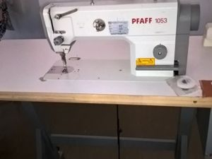 PFAFF 1053 teollisuus, lukkotikkikone